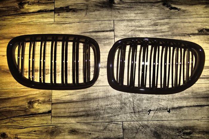 DJD19080833 BMW E90 E91 05 06 07 08 09 鋼琴黑 雙槓鼻頭 亮黑 雙線水箱罩