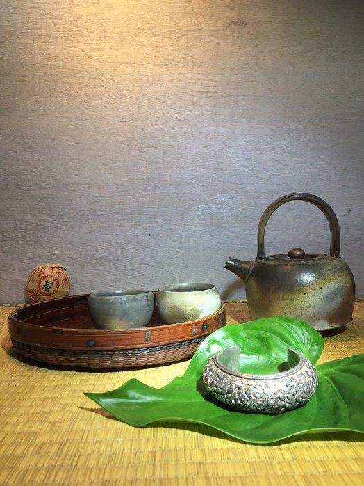(店鋪不續租清倉大拍賣)老銀雕花手鐲,原價7800元,特價3900元