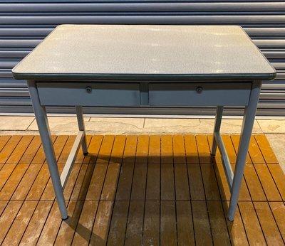 台中二手家具逢甲 樂居全新中古傢俱 CE1219FJJ 二抽辦公桌 辦公桌 工作桌 書桌 電腦桌 套房書桌 台北桃園