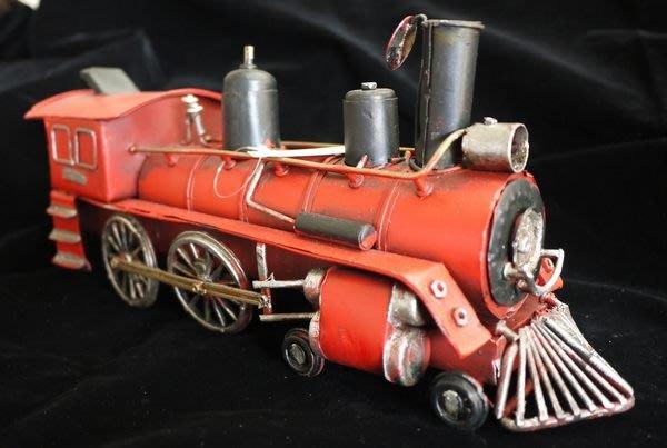 【布拉格歐風傢俱】 復古鐵皮紅色蒸汽火車 車頭 美式 收藏 擺飾 家飾 陳列展示 生日禮物