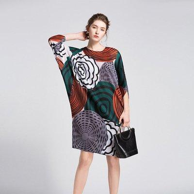 衣兒衫飾☆ *~三宅一生款官網印花飛鼠袖皺褶洋裝 連衣裙(4色)現貨+預購~免運費~