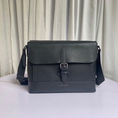 【Woodbury Outlet Coach 旗艦館】COACH 88892 HUDSON男士郵差包美國代購100%正品