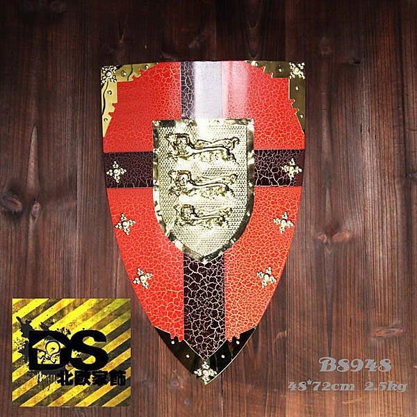 DS北歐家飾§loft工業風古羅馬盾牌紅黑壁飾掛飾玄關壁掛酒吧仿舊復古美式鄉村 中世紀帝國