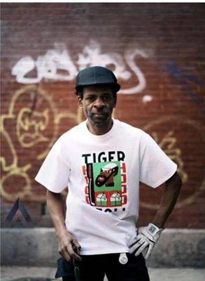 全新商品 NOAH NYC 19SS Tiger Hood 老虎伍茲 短袖 TEE 黑色 白色