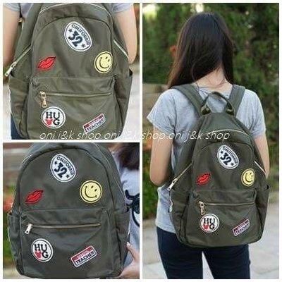 後背包~韓國拼貼感、微笑、笑臉勳章、塗鴉後背包、時尚簡約款   O~NI~日韓shop