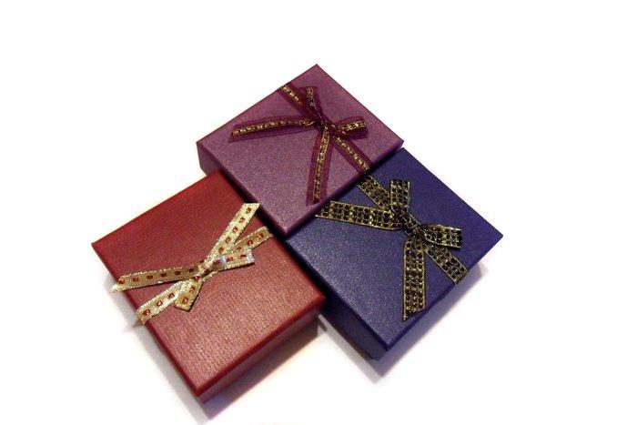 風姿綽約--禮盒(B01a) ~適合本站手環,吊飾