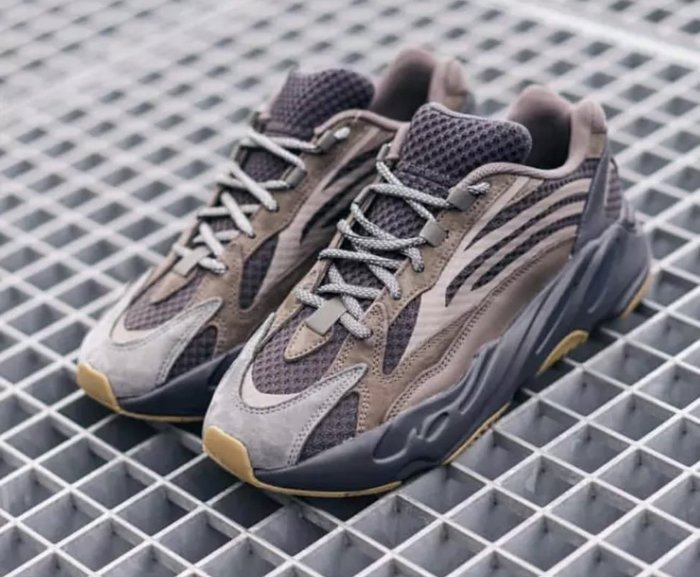 """adidas Yeezy Boost 700 V2  """"GEODE"""" 反光 EG6860 巧克力700"""