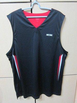 衣市藍~NCAA OFFICIALLY LICENSED 排汗背心 (XL~黑~七成新~) (200507)