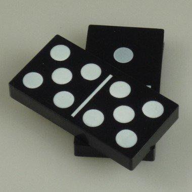 【意凡魔術小舖】Hopping Dominoes骨牌繁殖骰子天九牌 繁殖多米諾骨牌 近距離魔術