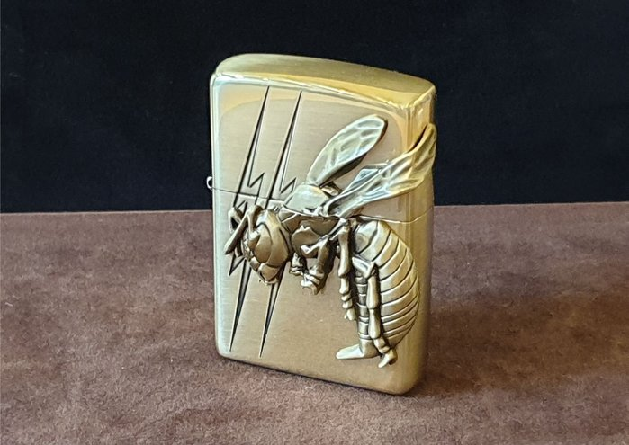 ONE*$1~*日系*ZIPPO*Bumblebee《大黃蜂 》兩面連續加工*黃銅鍍鉻/蝕刻*金屬鑲崁