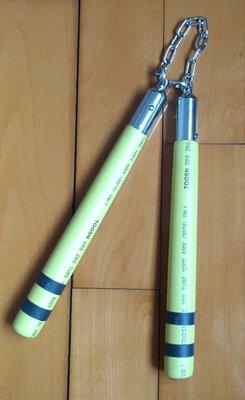 自製實木雙節棍堅固包膠實戰表演練習皆宜附黑色棍袋