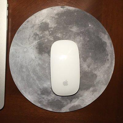 月球滑鼠墊      月球