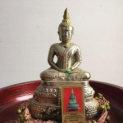 【玉寶軒】泰國佛牌正品2500菩陀蒙吞貴模琉璃供奉佛祖貼金DDPRA卡貝葉泰佛 C7147