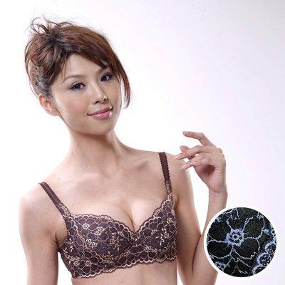 現貨轉售【莎薇】3D側魔翼C-F罩杯內衣(墨黑色)(90C)原價:1480