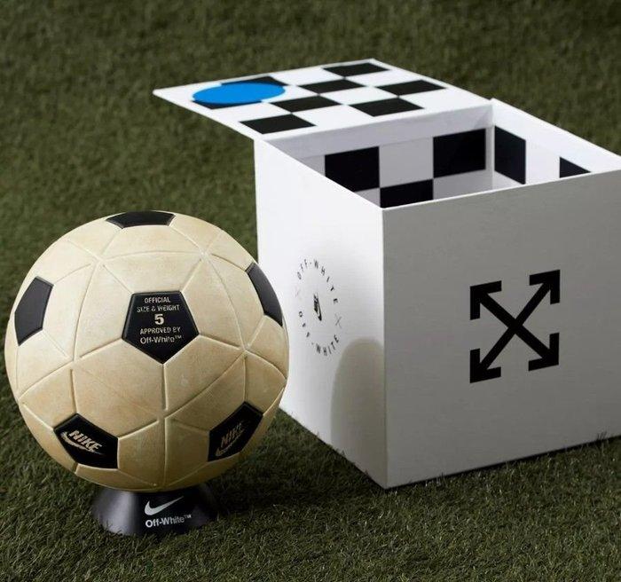 INDiCE ↗ Nike Lab x OFF WHITE Magia Ball SC3520 100 足球 仿舊白