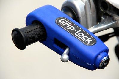 紐西蘭製造 右把鎖 Grip Lock (藍色版本) 同時鎖住右把手的油門及煞車