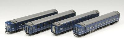 [玩具共和國] TOMIX HO-9072 JR 14系15形特急寝台客車(富士・はやぶさ)セット
