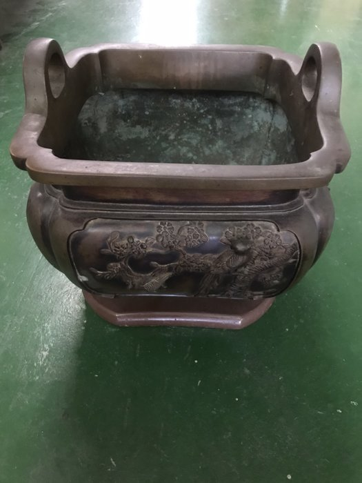 二手家具全省估價(大台北冠均 新五店)二手貨中心--青銅盆藝品擺飾  青銅壺 青桐花器 P-9080198