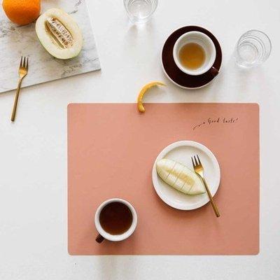 Ξ ATTIC Ξ 韓國dailylike~ Silicone Table Mat 慢生活 矽膠隔熱防水易潔可捲桌墊