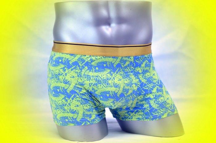 涼感特賣十送一【SL-07】MAN 超軟舒適貼身牛奶絲四角內褲 M 號