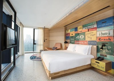 高雄英迪格酒店 景觀房型 早餐+晚餐、每人3600元,另有夏都、雲品、礁溪老爺、遠來,線上服務您