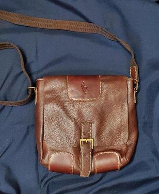 庖丁族padding tribe肩背斜背側背包中小型背包真皮品牌包手機證件包