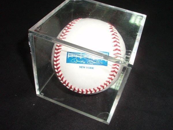 貳拾肆棒球--美國帶回MLB洋基名人堂選手Mickey Mantle二十週年紀念棒球