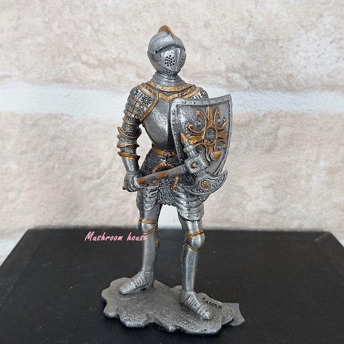 點點蘑菇屋{合金武士擺飾}合金中古武士(六)~右手斧頭左手盾 鐵甲武士 歐洲中古世紀羅馬 盔甲武士 現貨