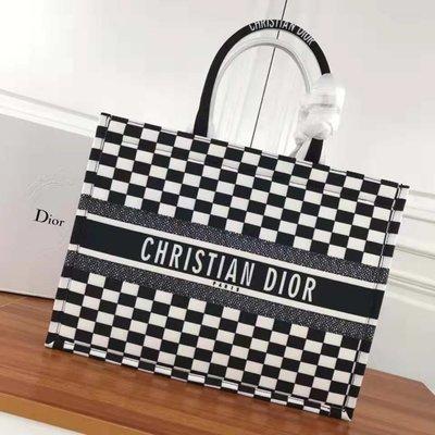 Dior Book Tote 帆布手提包 單肩包 托特包 購物包 精品包 大容量包 旅行包 時尚百搭 多色 聖誕節禮物