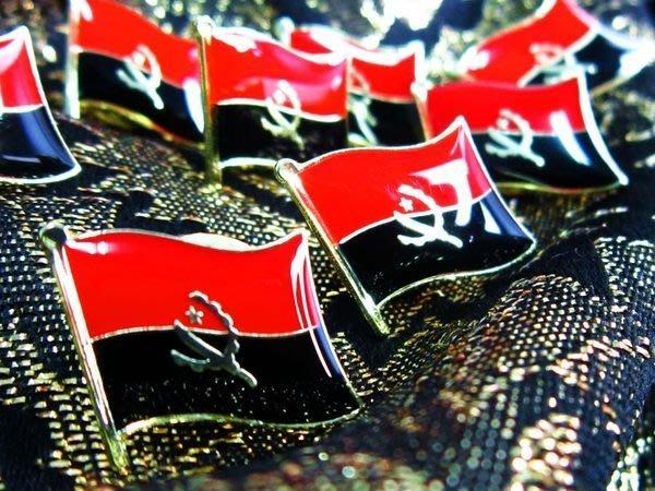 【國旗徽章達人】安哥拉國旗徽章/勳章/胸章/別針/胸針/Angola/超過50國圖案可選
