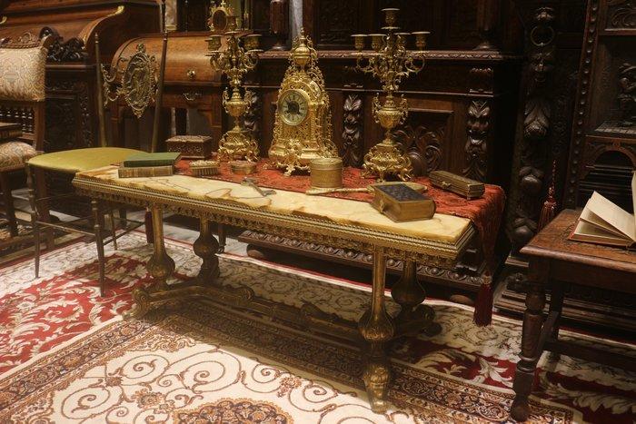 【家與收藏】賠售特價稀有珍藏歐洲古董法國精緻華麗銅浮雕珍貴縞瑪瑙玉石長桌几15