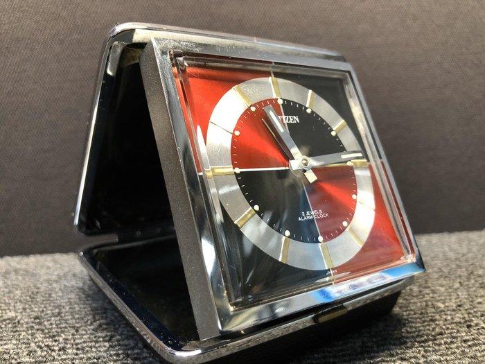 【JP.com】日本帶回中古美品 CITIZEN 置き時計 手巻 發條式 便攜鬧鐘 紅/黑色