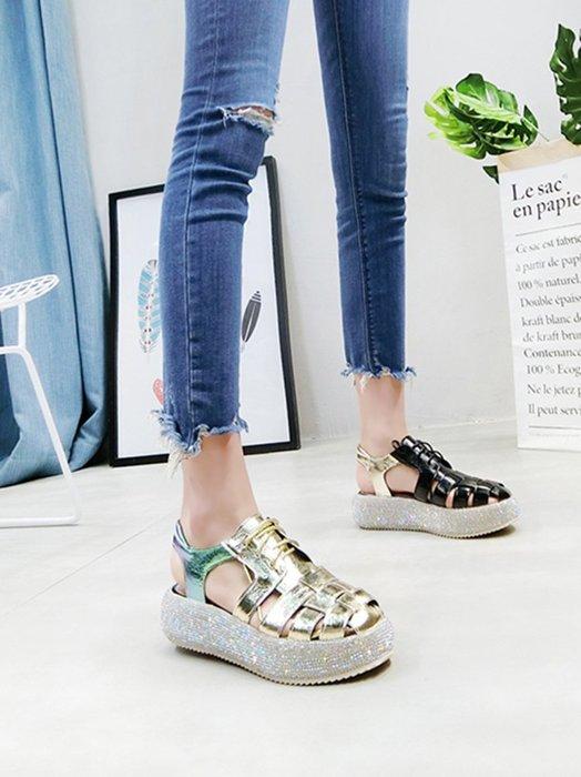 創意夏季女鞋 韓版夏季新款漆皮水鉆包頭系帶厚底松糕坡跟涼鞋羅馬鞋小白鞋女鞋