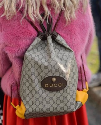 Gucci 473872 GG Supreme drawstring backpack 抽繩後背包 焦糖/黃