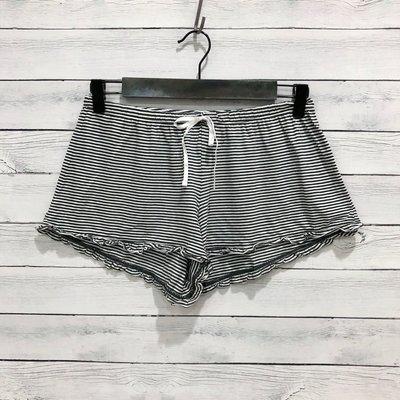 Maple麋鹿小舖 American Eagle * AE 黑色條紋綁帶短褲/睡褲 * ( 現貨S號 )