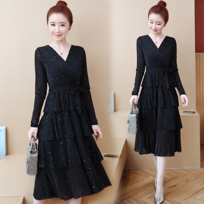 [C.M.平價精品館]L~5XL/優雅美麗多層次蛋糕裙閃耀彈性面料簡約V領黑色長袖洋裝 加大碼