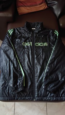 adidas 愛迪達黑色舖棉外套(39)