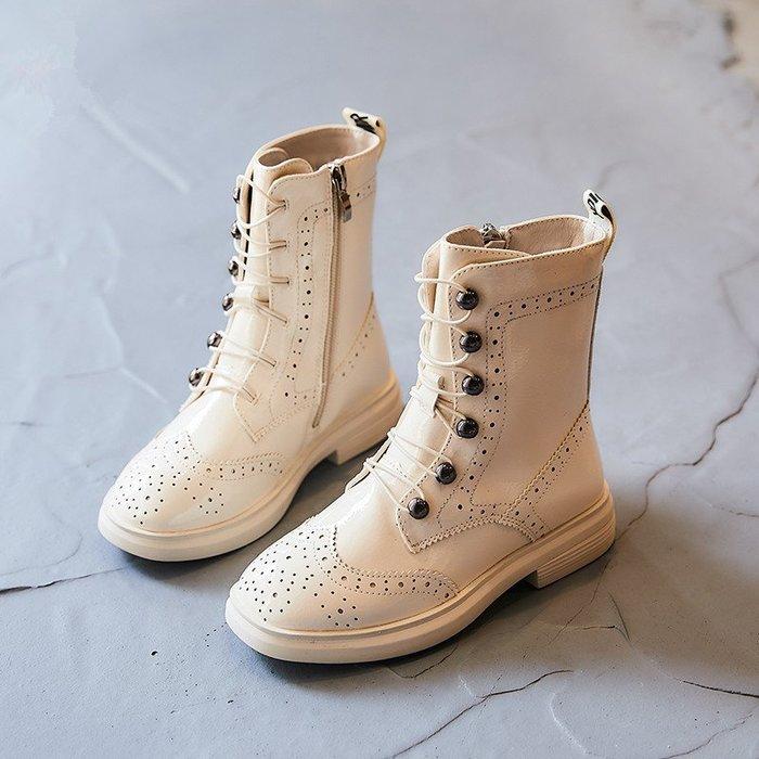 I ♥ MOM  2019新款# 女孩兒韓國版時尚軟底布洛克皮公主馬丁靴  (預購)