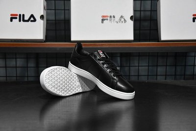 FILA斐樂女板鞋FHT TT-COURT DELUXE網球鞋女鞋運動鞋休閑鞋全黑