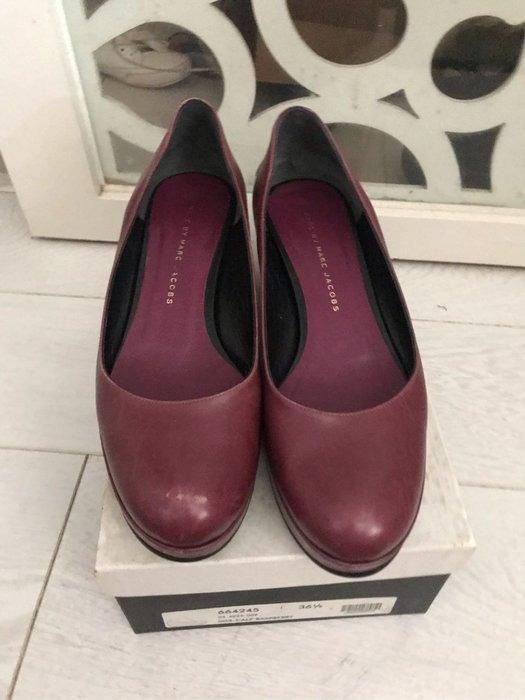 正品二手Marc Jacobs 防水台包鞋,莓紅色36.5
