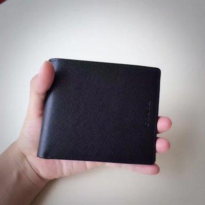 NaNa代購 COACH 74768 黑色 十字紋設計 防刮皮夾 男士短夾 時尚配色 素面 簡約大方 附代購憑證