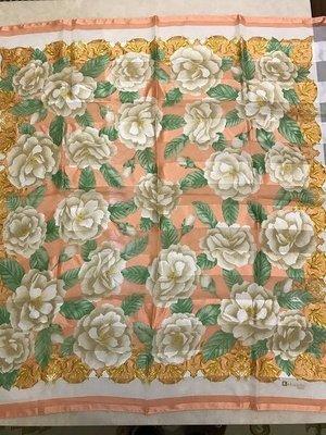 法國絲巾(真品)。尺寸88X93公分
