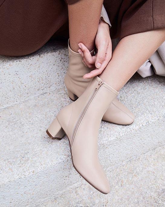 【鳳眼夫人】訂製款 定染4色 全真皮顯瘦完美版型法式簡約復古小羊皮側拉鍊小方頭粗跟短靴 白色短靴方頭靴真皮短靴顯瘦靴襪靴