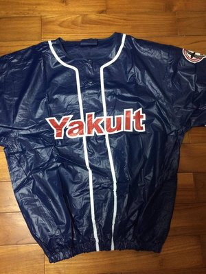 Yakult Swallows 東京 養樂多燕子 雁子 風衣 雨衣 快速熱身衣 全新未拆封 pvc材質 XL