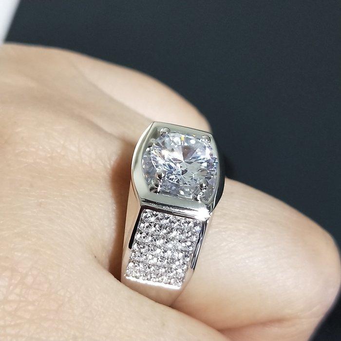 鑽戒滿鑽鑽微鑲鑽戒925純銀鍍鉑金指環 鑲嵌高碳鑽3克拉男士戒指 精工寬版高碳仿真鑽石  FOREVER鑽寶