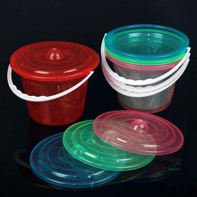 收納 特價小物 半透明刻花小桶收納桶塑料小桶美術桶顏料桶洗筆桶儲物桶批發單筆訂購滿200出貨唷