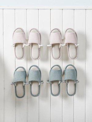 【蘑菇小隊】浴室拖鞋架墻壁壁掛式免打孔壁掛衛生間拖鞋鞋架掛式免釘收納神器-MG97774