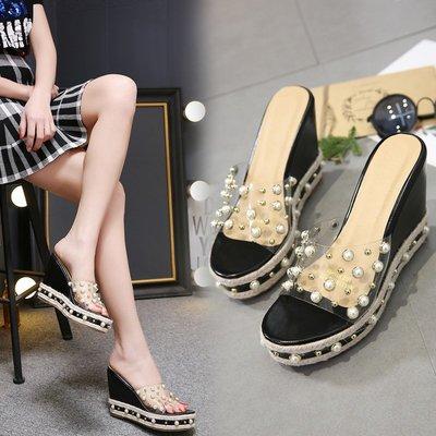 【亞米的店】 Wedges, sandals 潮坡跟涼拖鞋女夏防水臺松糕厚底珍珠超高跟拖鞋