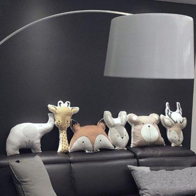 歐斯特館~北歐ins丹麥可愛動物沙髮抱枕玩偶 兒童房樣板間飄窗裝飾拍照背景