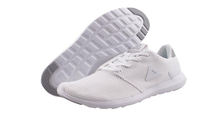 PEAK 都會輕跑鞋 白 E82617E